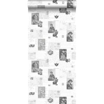 Tapete vintage Postkarten Schwarz und Weiß von ESTA home