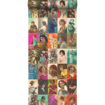 XXLVliestapete vintage alte Postkarten mit Damengesichtern Mehrfarbig von ESTA home